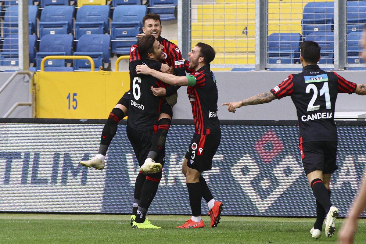 Gençlerbirliği Fenerbahçe den sonra Kasımpaşa yı da yendi #1