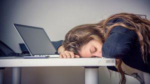 Kadınlarda Yorgunluk ve Enerji Seviyelerinin Düşmesi